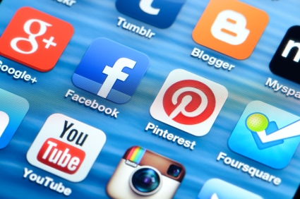 employers continue to be tentative about social media background checks